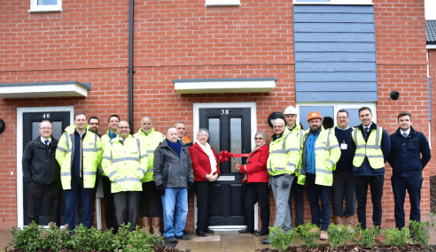 FULL HOUSE FOR B@HOME AS WOODHEAD GROUP HANDS OVER SIX MORE
