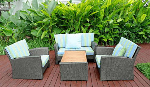 Top Tips for a Garden Furniture Revamp – Without the cost!