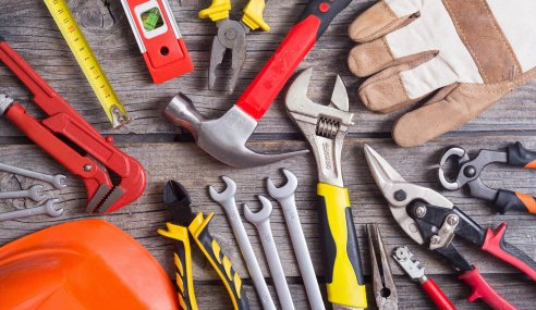 Loosened Lockdown and Bodge Jobs Spark Bonanza for UK Tradespeople