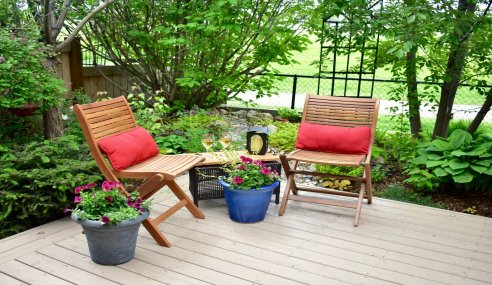 How To Decorate Your Backyard To Get A Sanctuary Vibe