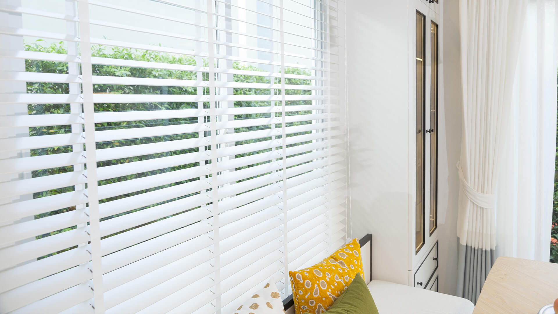 Should You Buy New Blinds For Your Home? Here Are Some Tips - Build Magazine