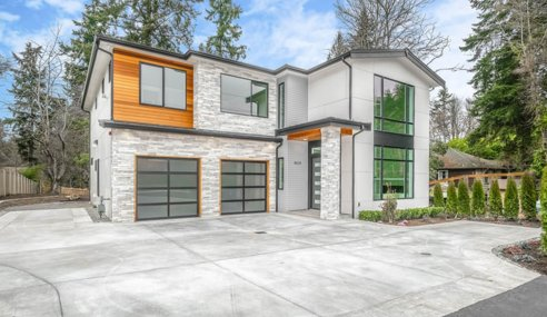 How to Mix Siding Materials for A Modern Clean Home Design